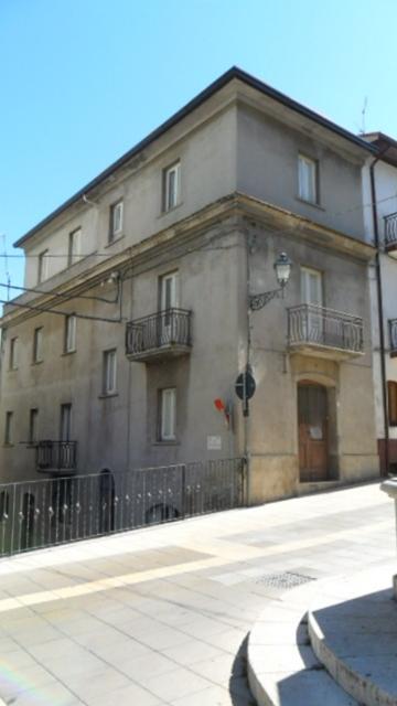 Property for sale in Tornareccio, Chieti Province